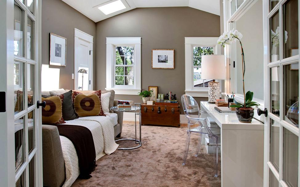 Спальные комнаты с кирпичной кладкой