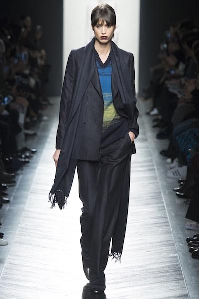 nedelya mody v milane bottega veneta osen zima 2016 17 11