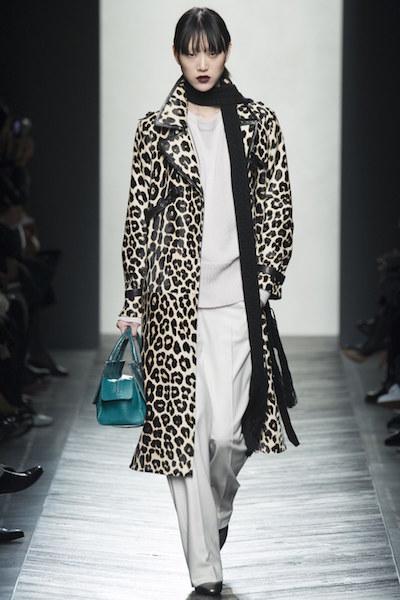 nedelya mody v milane bottega veneta osen zima 2016 17 14