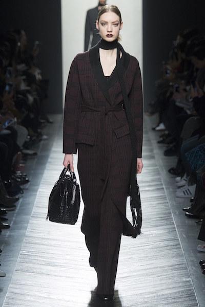 nedelya mody v milane bottega veneta osen zima 2016 17 17