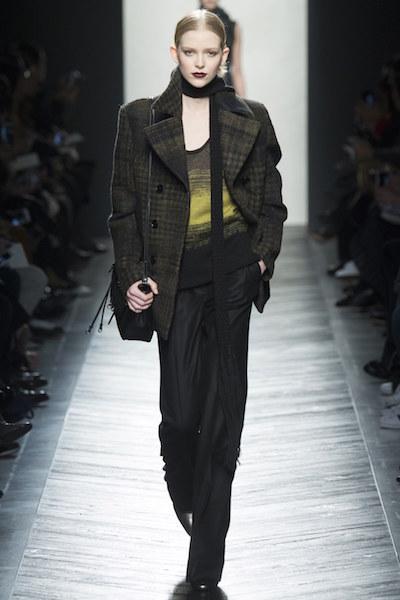 nedelya mody v milane bottega veneta osen zima 2016 17 26