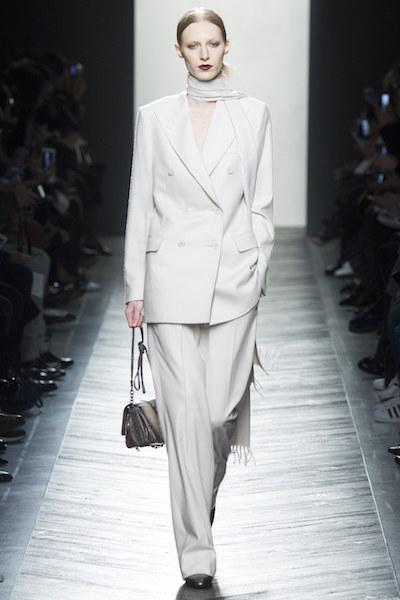 nedelya mody v milane bottega veneta osen zima 2016 17 4