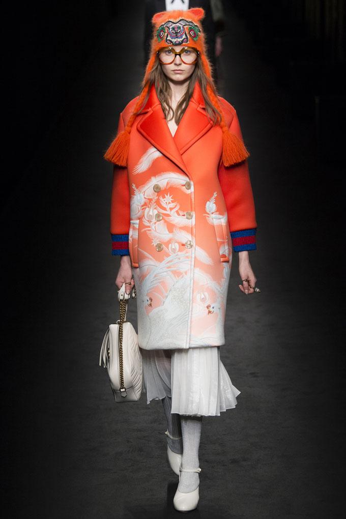 nedelya mody v milane gucci osen zima 2016 17 14