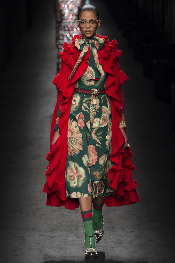 nedelya mody v milane gucci osen zima 2016 17 19