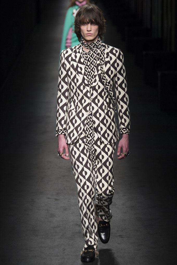 nedelya mody v milane gucci osen zima 2016 17 6