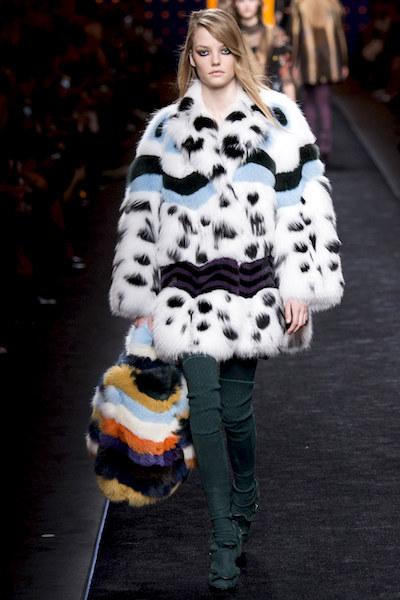 nedelya mody v milane kollektsiya fendi 12