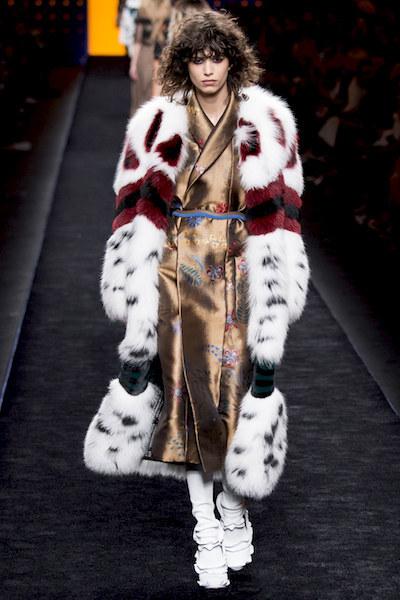 nedelya mody v milane kollektsiya fendi 13