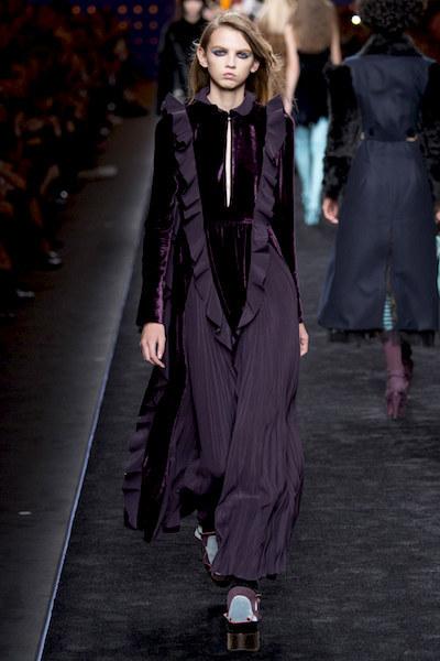 nedelya mody v milane kollektsiya fendi 18