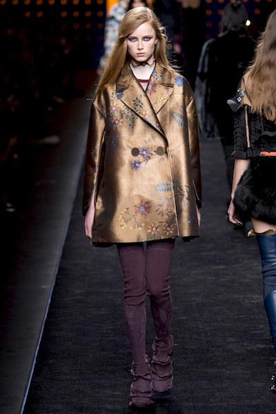 nedelya mody v milane kollektsiya fendi 23
