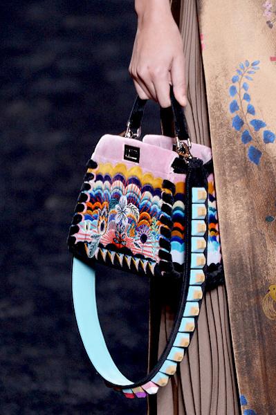 nedelya mody v milane kollektsiya fendi 25