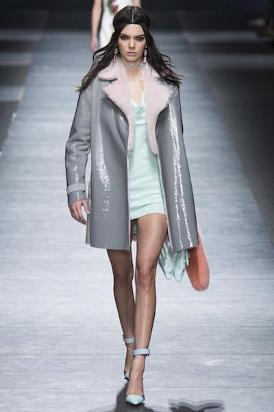 nedelya mody v milane pokaz versace 15