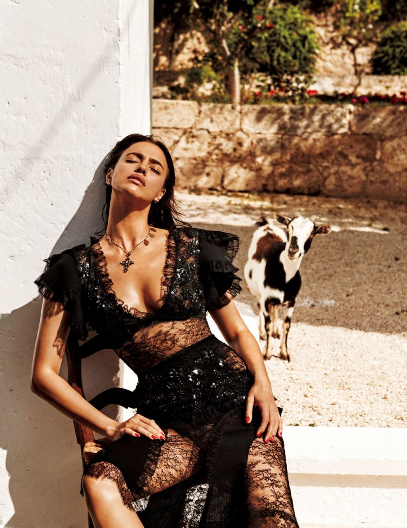 irina shayk smouldering shoot italy vogue japan 15