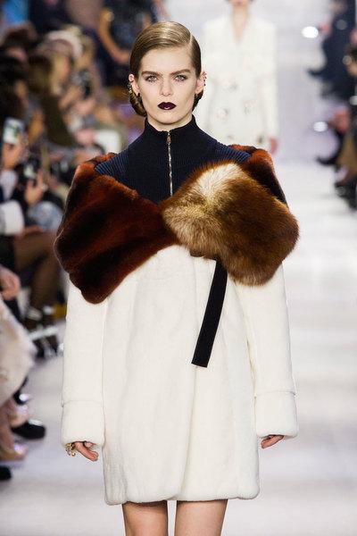 nedelya mody v parizhe christian dior osen zima 2016 2017 10