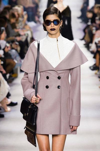 nedelya mody v parizhe christian dior osen zima 2016 2017 17