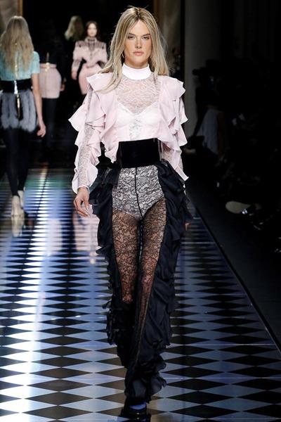 nedelya mody v parizhe shou balmain 11