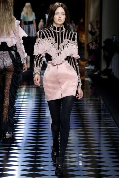 nedelya mody v parizhe shou balmain 12
