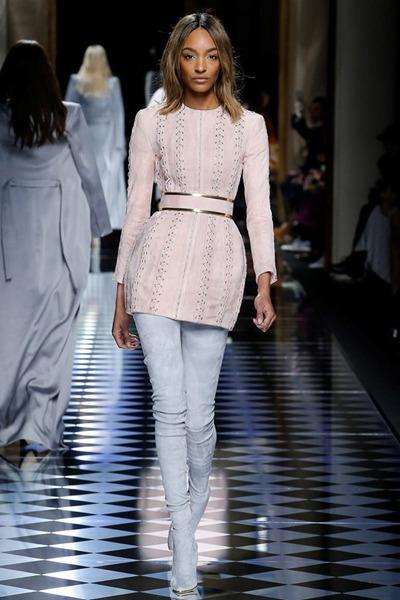 nedelya mody v parizhe shou balmain 6