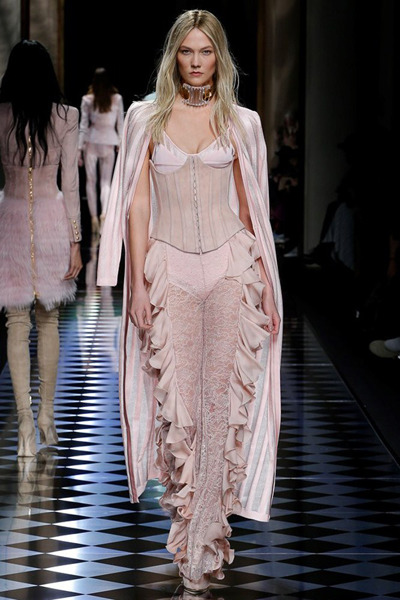 nedelya mody v parizhe shou balmain 7