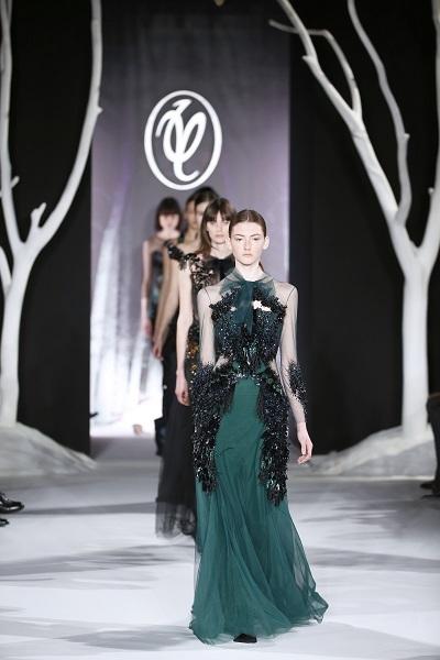 nedelya mody v parizhe valentin yudashkin osen zima 2016 2017 19