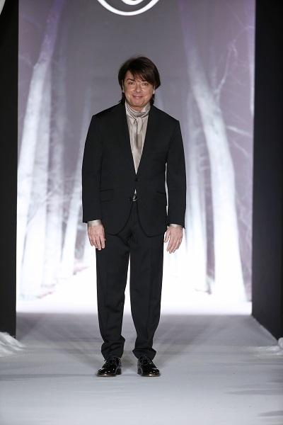 nedelya mody v parizhe valentin yudashkin osen zima 2016 2017 21