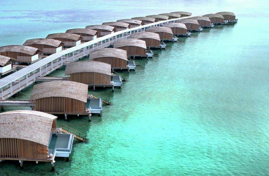 otel na solnechnykh batareyakh na maldivakh 13 892x585
