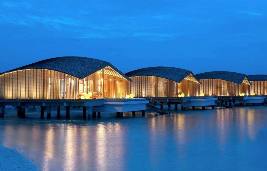 otel na solnechnykh batareyakh na maldivakh 8 892x572