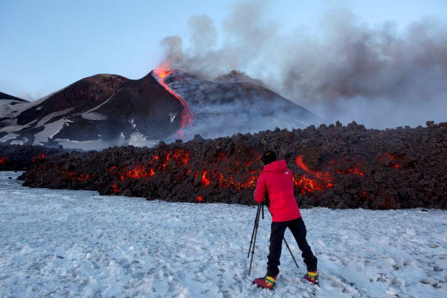 izverzhenie vulkana etna 1