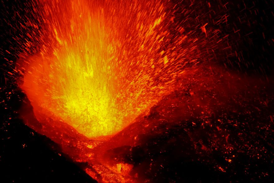 izverzhenie vulkana etna 13