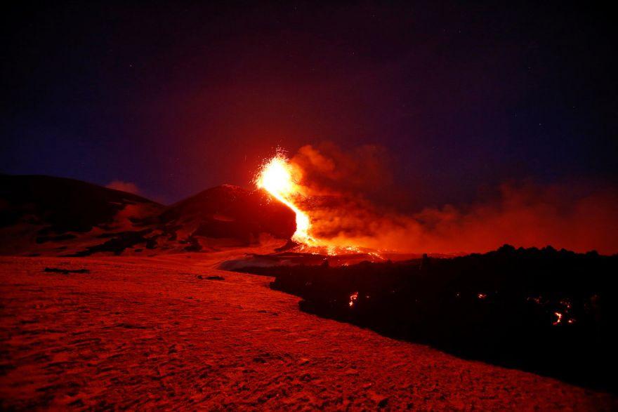 izverzhenie vulkana etna 2
