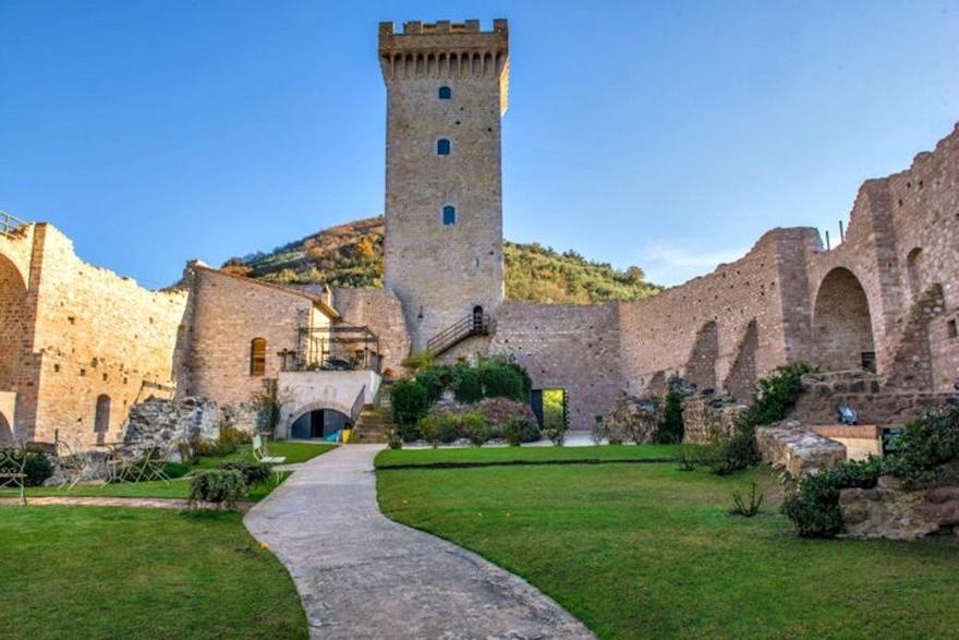 19 castle 10