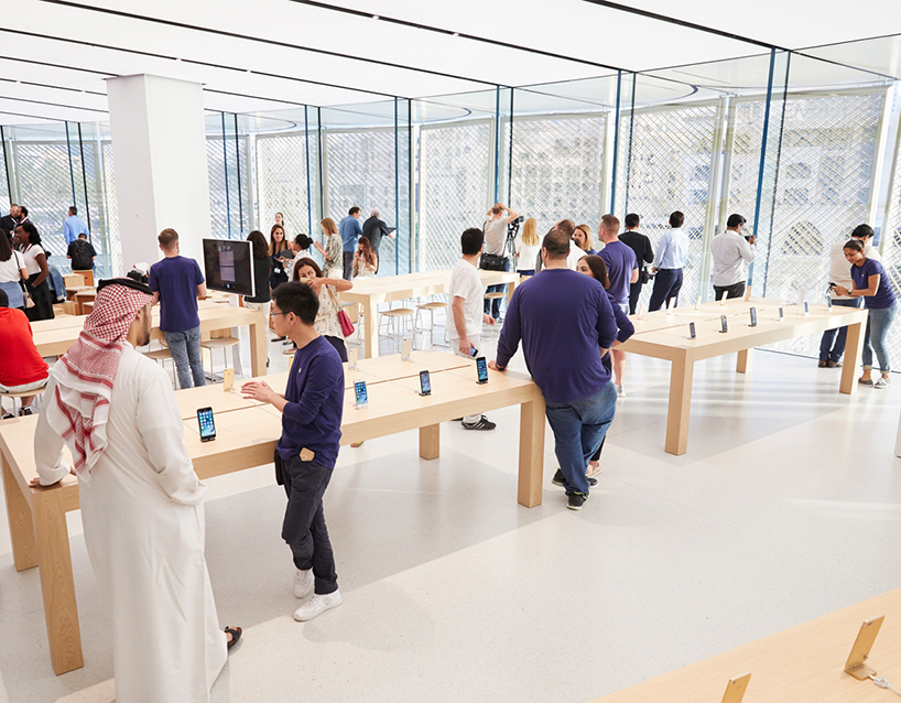 apple dubai mall 7