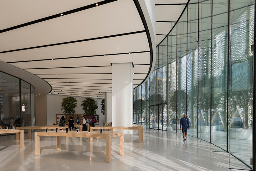 apple dubai mall 8